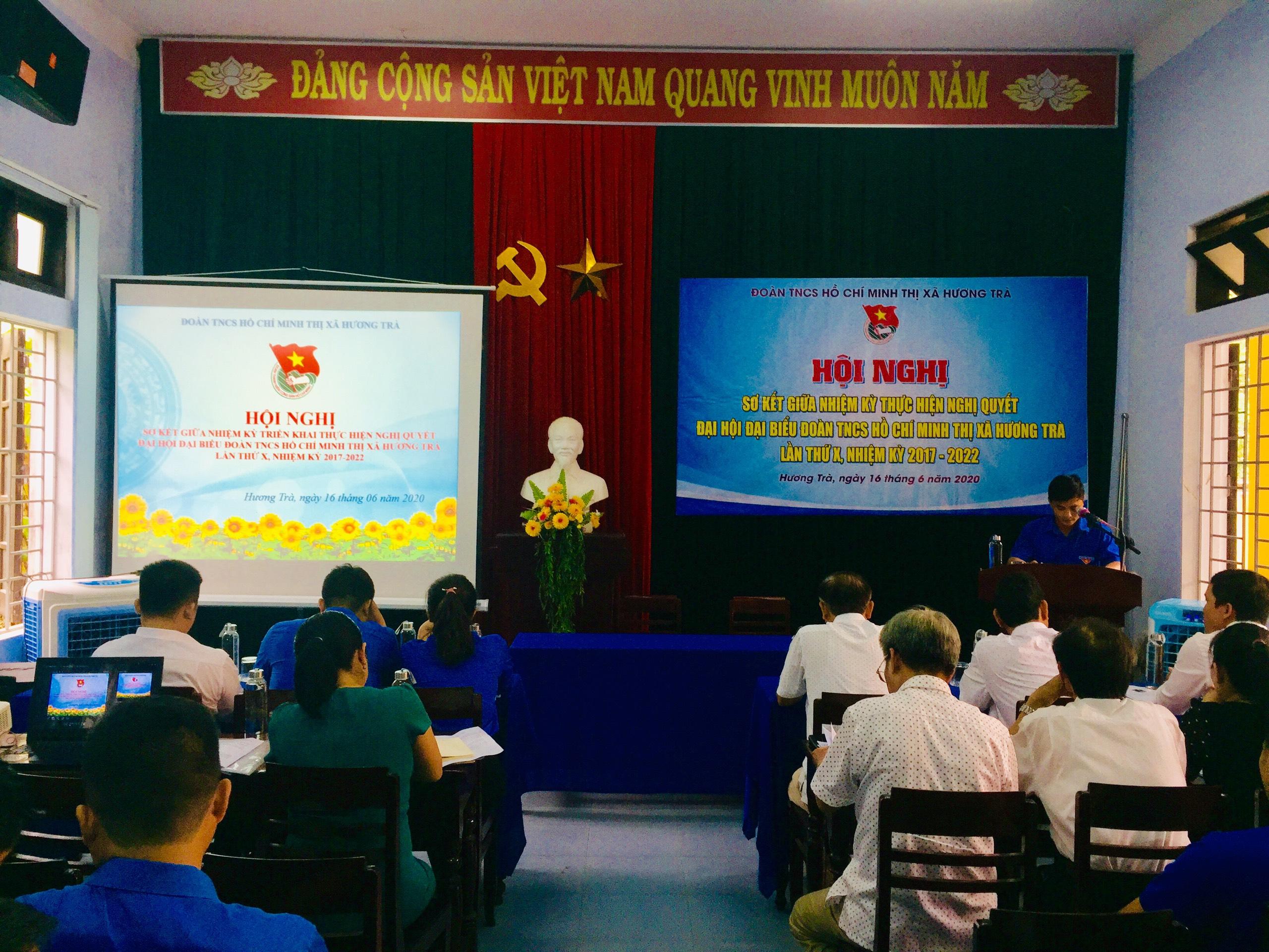 Hội nghị sơ kết giữa nhiệm kỳ thực hiện Nghị quyết Đại hội Đoàn Thị xã khóa X